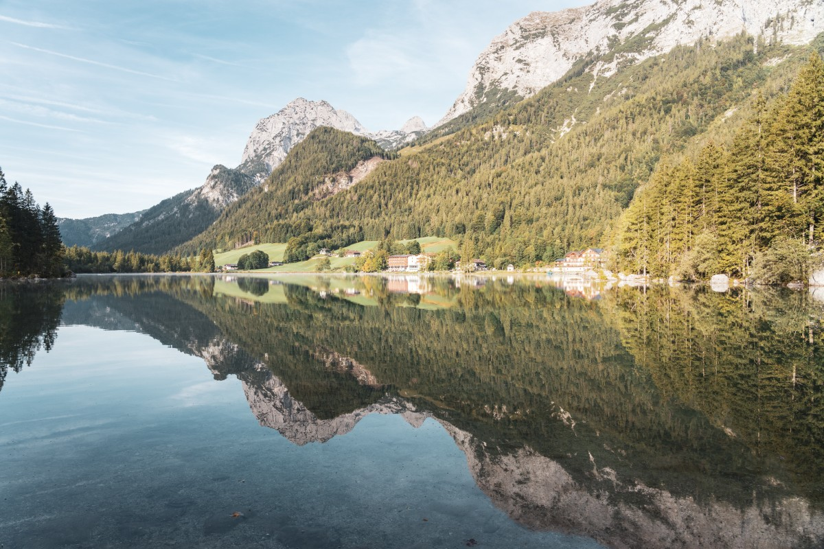 Sonnenaufgang am Hintersee in Ramsau bei Berchtesgaden