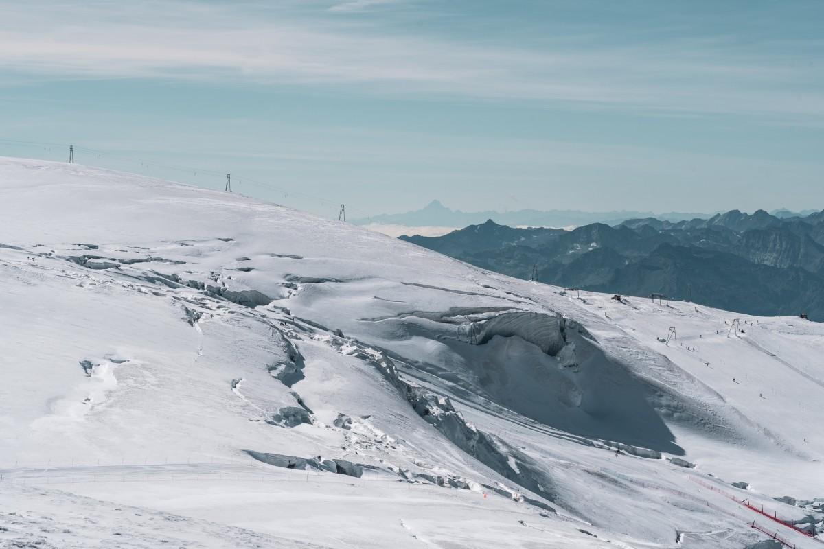 Grenzlift und Plateau Rosa mit Sommerskiliften