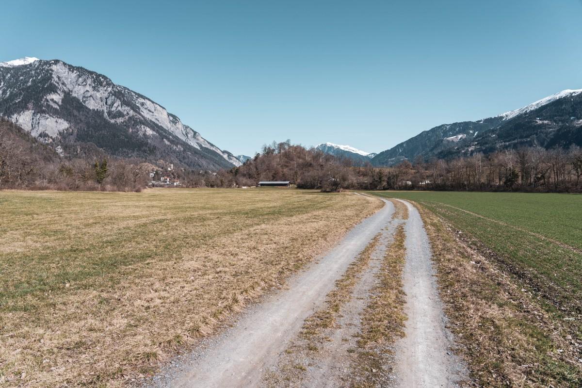 Wanderweg bei Bonaduz