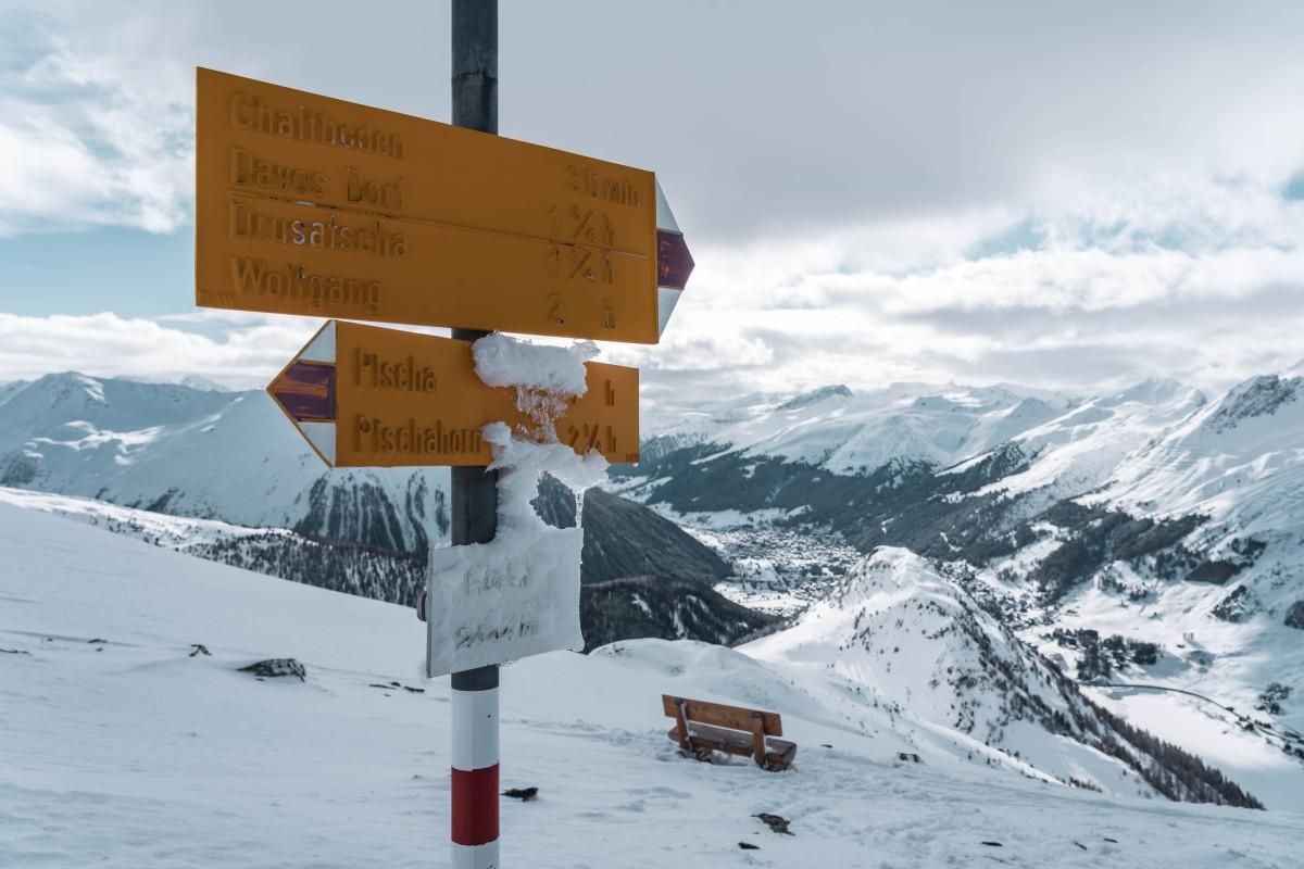 Blick vom Hüreli auf Davos