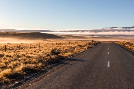 Straße zum Lake Ohau, Neuseeland