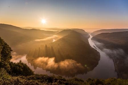 Sonnenaufgang an der Saarschleife, Deutschland
