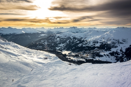 Winterlicher Sonnenuntergang auf der Lenzerheide, Schweiz
