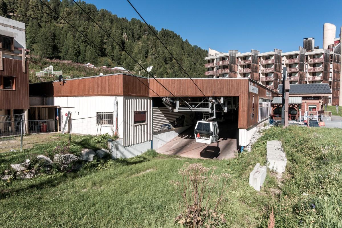 Talstation der Kabinenbahn Roche de Mio in La Plagne