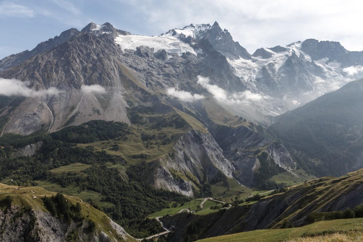 Parc National des Écrins mit Gletschern und La Meije