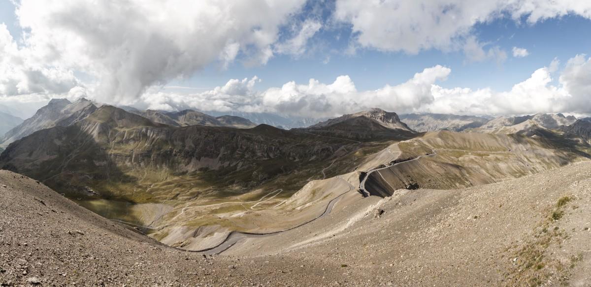 Panorama von der Cime de la Bonette auf die Berge des Mercantour