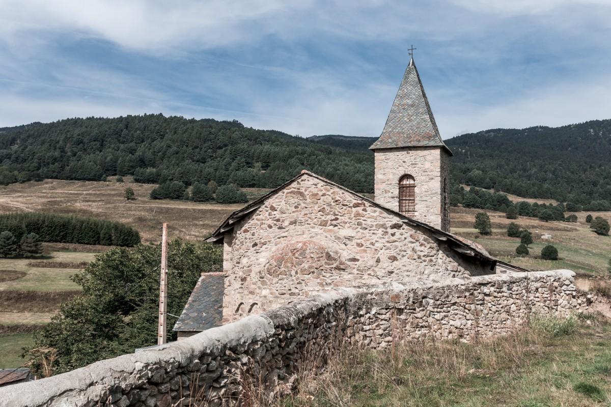 Alte Kirche bei Formiguères in den Pyrenäen