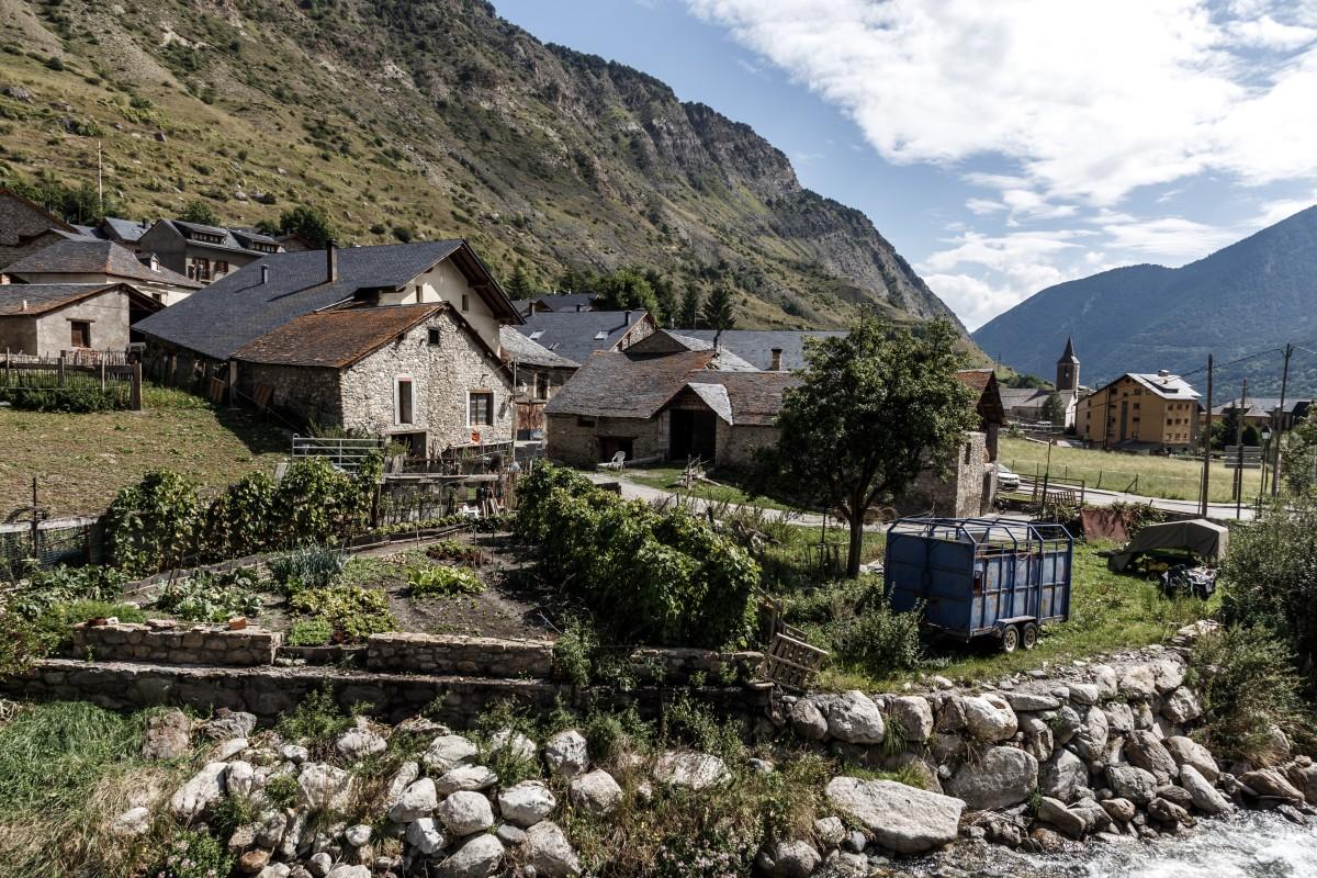 Das Bergdorf Espot in den spanischen Pyrenäen
