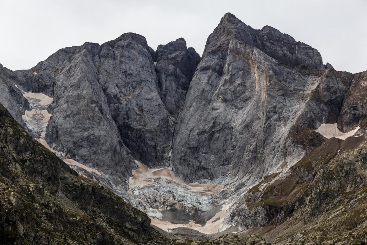 Vignemale mit Gletscher im Nationalpark Pyrenäen