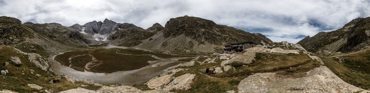 Oulettes de Gaube mit Vignemale im Nationalpark Pyrenäen