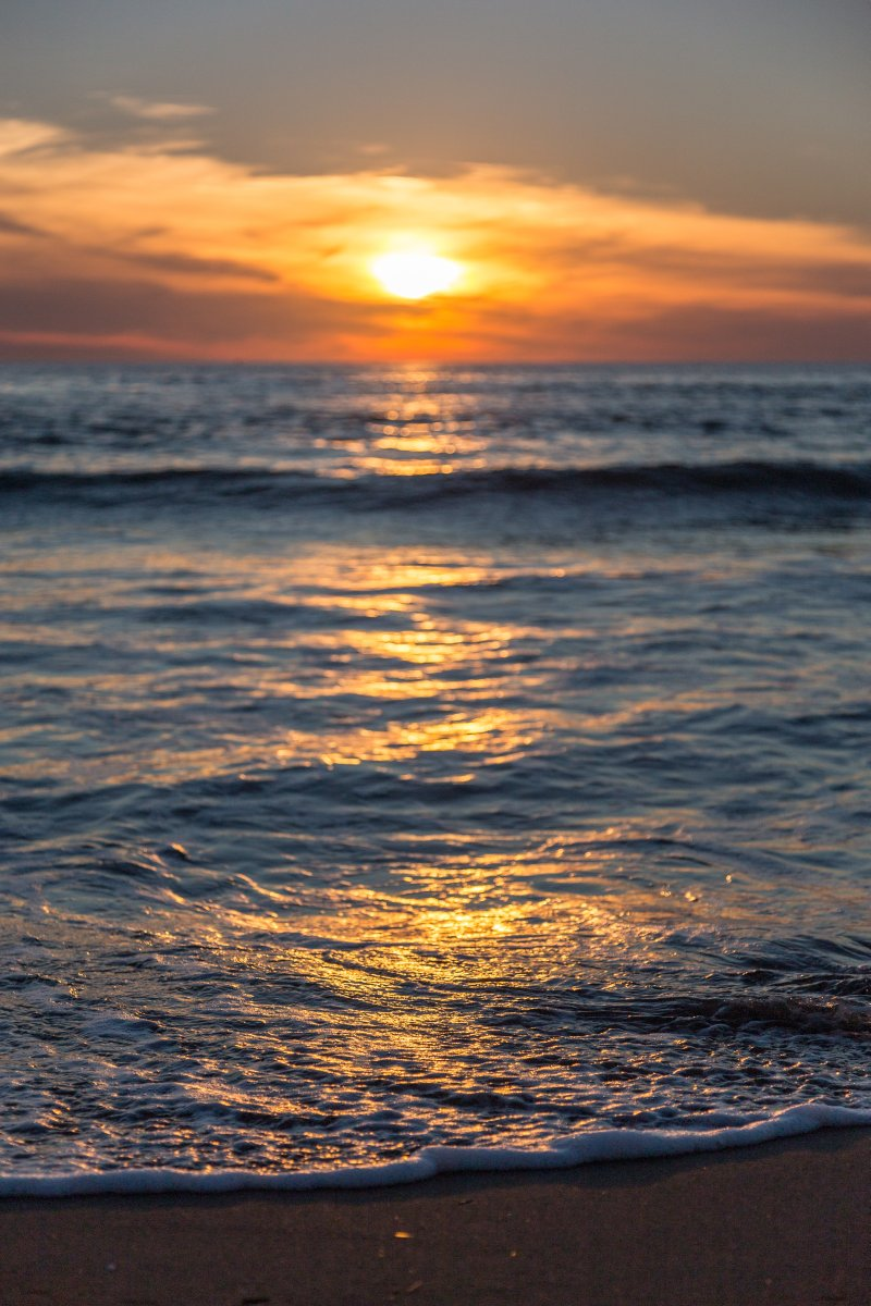 Sonnenuntergang am Mittelmeer in Viareggio