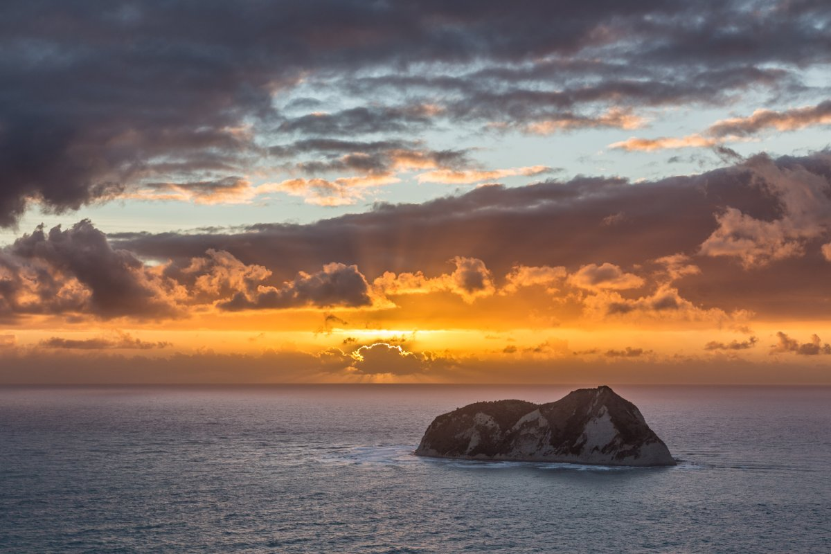 Sonnenaufgang am East Cape in Neuseeland