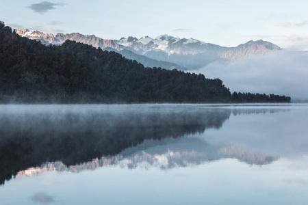 Reflexion am Lake Mapourika