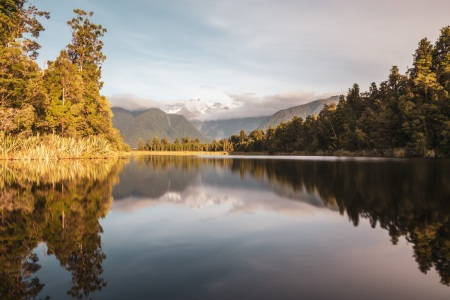 Mirror Lake - Lake Matheson mit Mount Cook und Mount Tasman