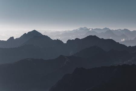 Panorama vom Pic du Midi auf die Pyrenäen