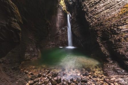 Kozjak-Wasserfall (Slap Kozjak) bei Kobarid in Slowenien
