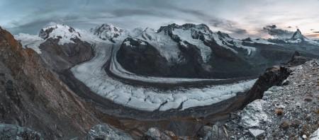 Sonnenuntergang am Gornergrat in Zermatt