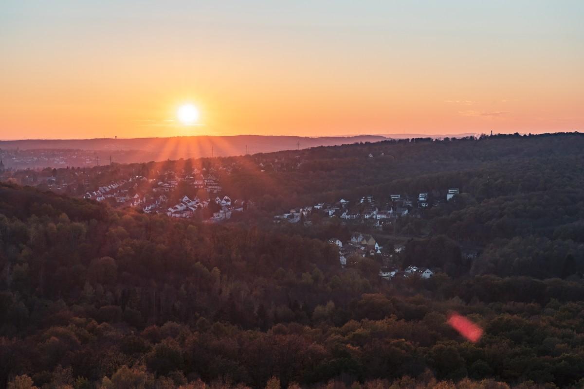 Sonnenuntergang auf der Halde Grühlingstraße in Jägersfreude bei Saarbrücken