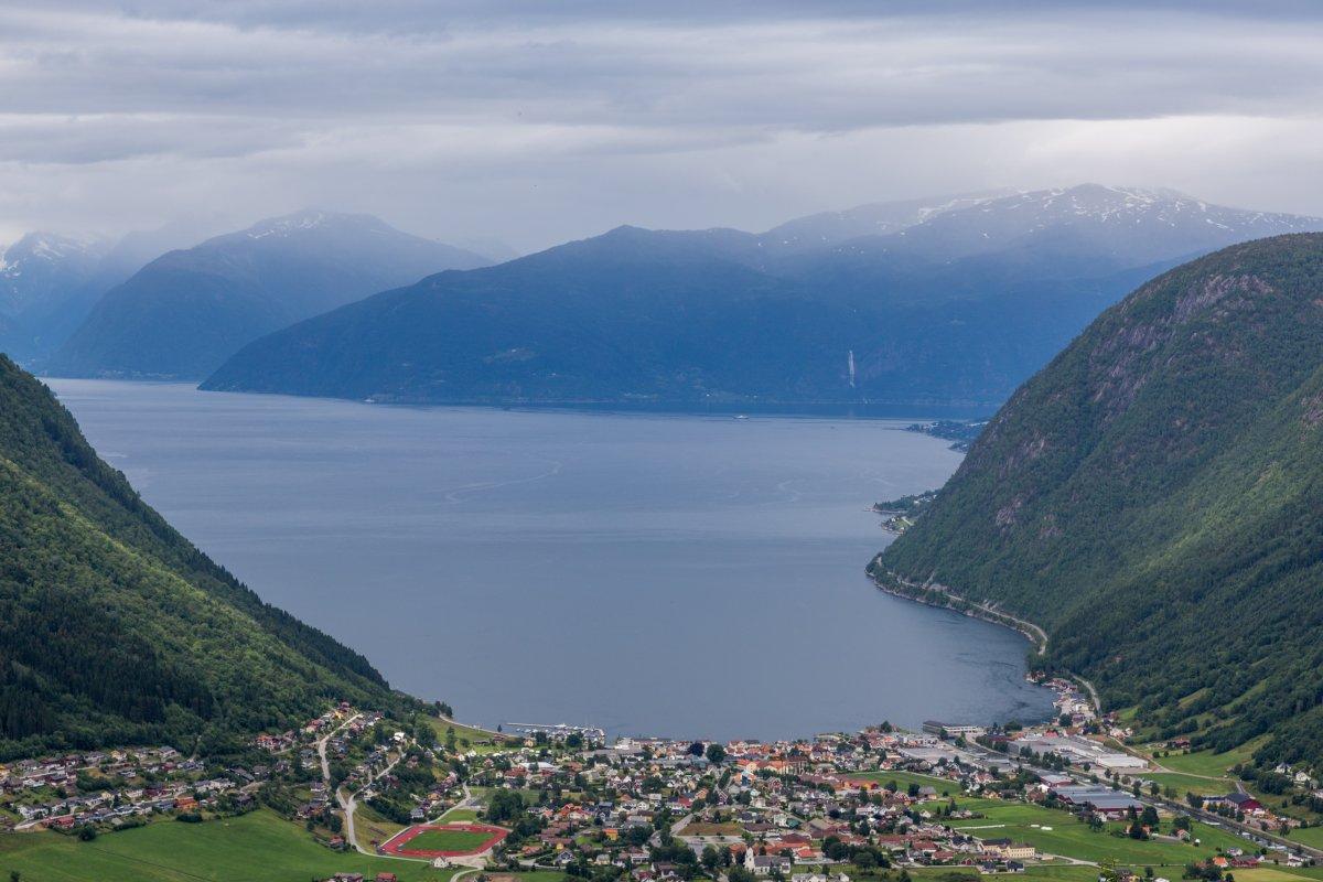 Blick vom Vikafjellet auf den Sognefjord