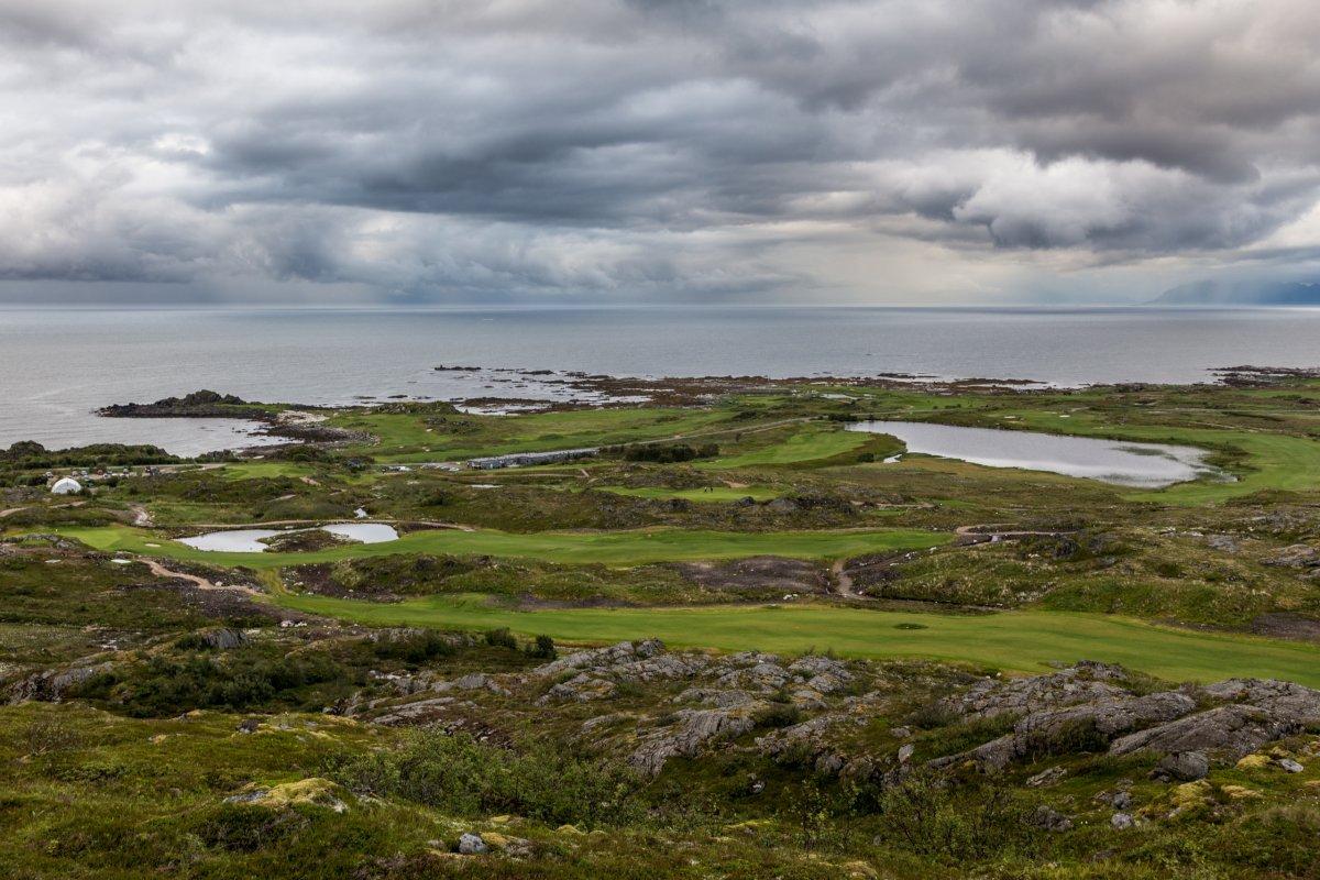 Ausblick vom Hoven auf die Insel Gimsøya