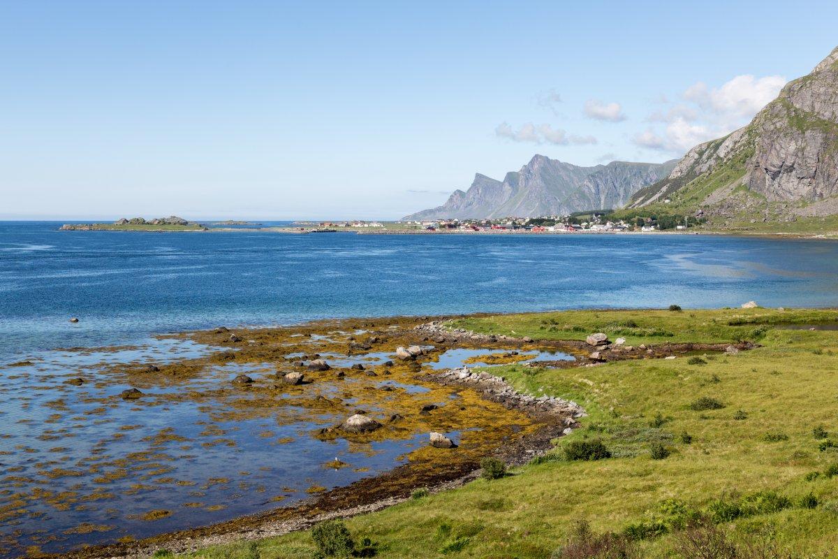 Landschaft auf den Lofoten nahe Fredvang