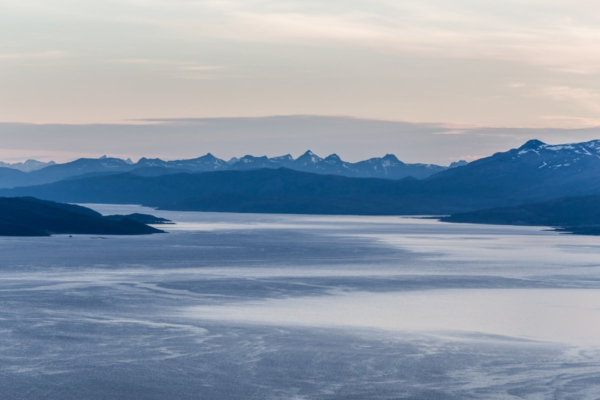 Ofotfjord bei Narvik zur Mitternachtssonne