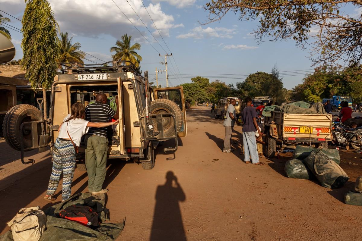 Autowerkstatt in Mto wa Mbu