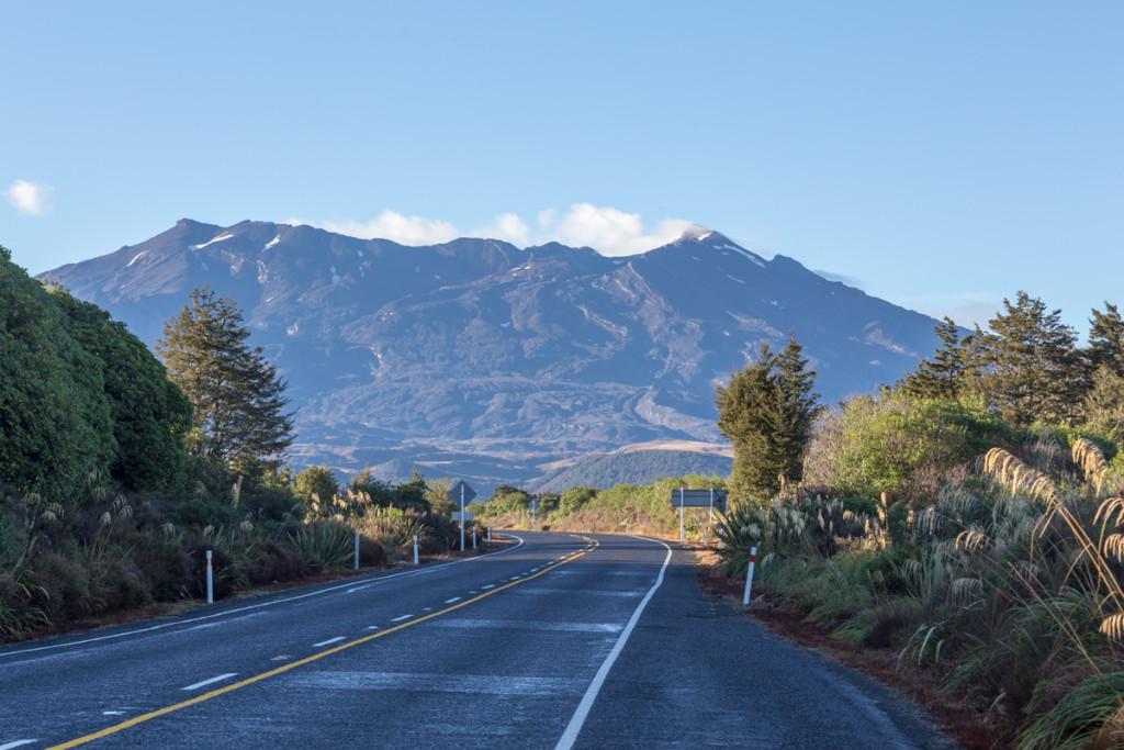 Strahlender Sonnenschein begrüßt mich am Fuße des Mount Ruapehu