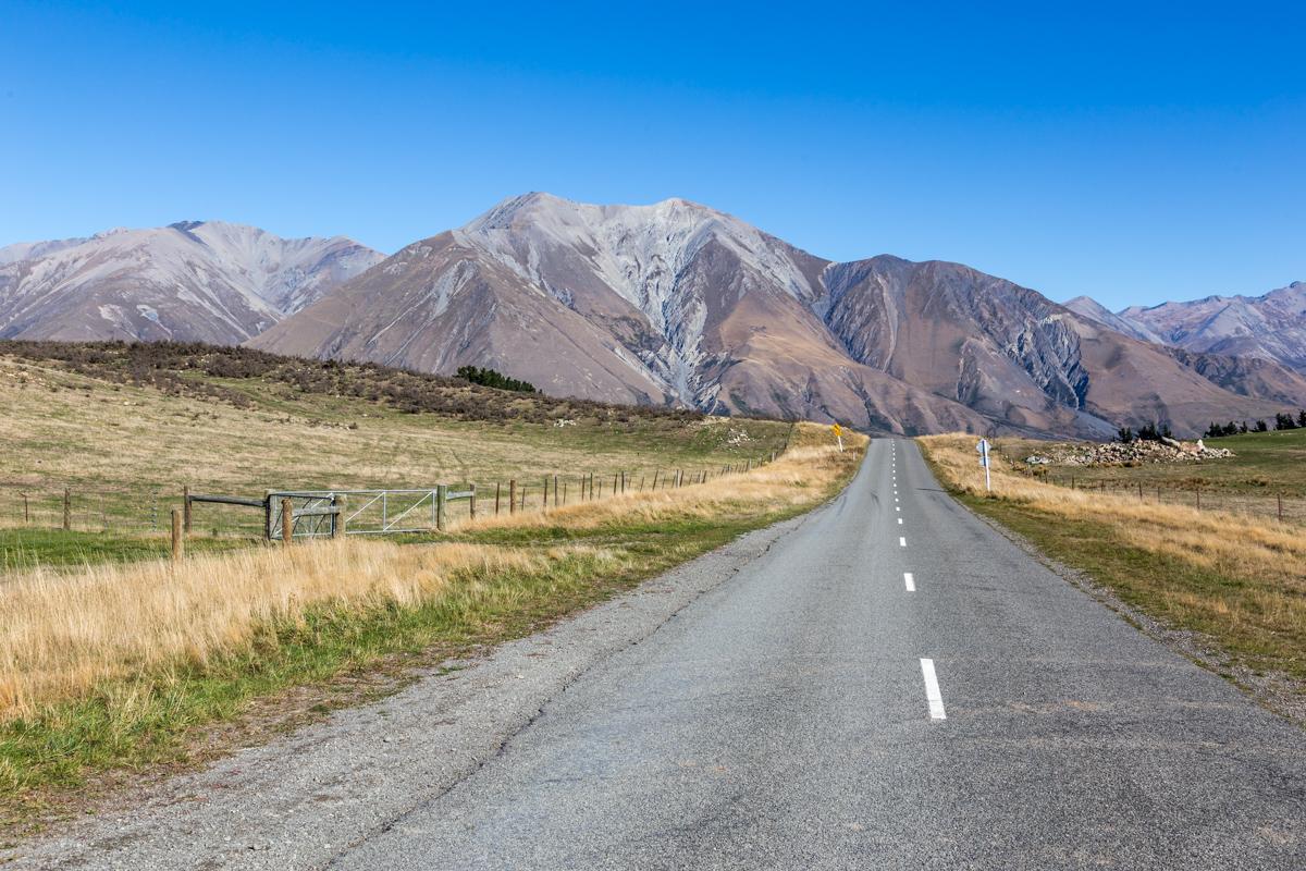 Straße zum Lake Coleridge in Neuseeland