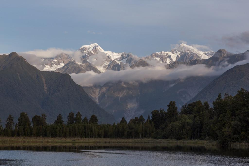 Mount Tasman und Mount Cook in der Abendsonne