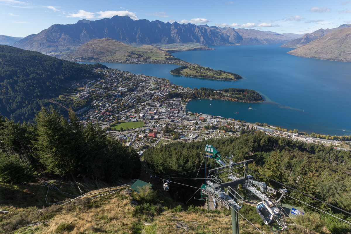 Queenstown und der Kommerzhügel Bob's Peak
