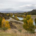 Farbenfroher Weg durch Otago in die Berge