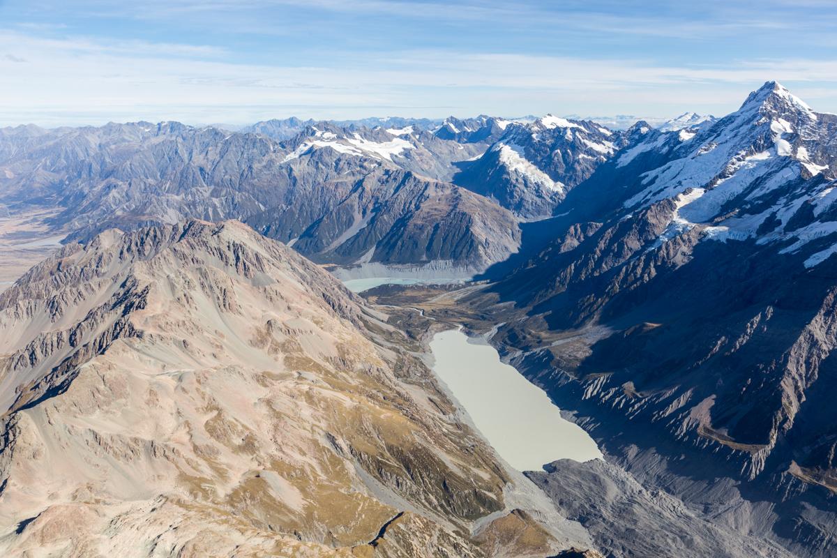 Flug über die neuseeländischen Alpen