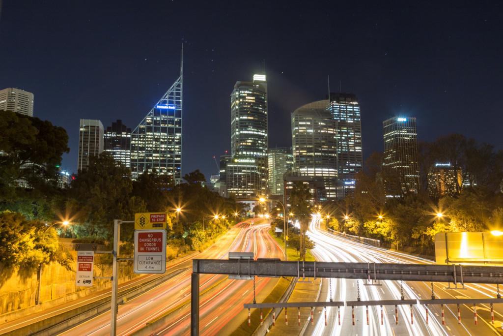 Nächtliche Skyline von Sydney