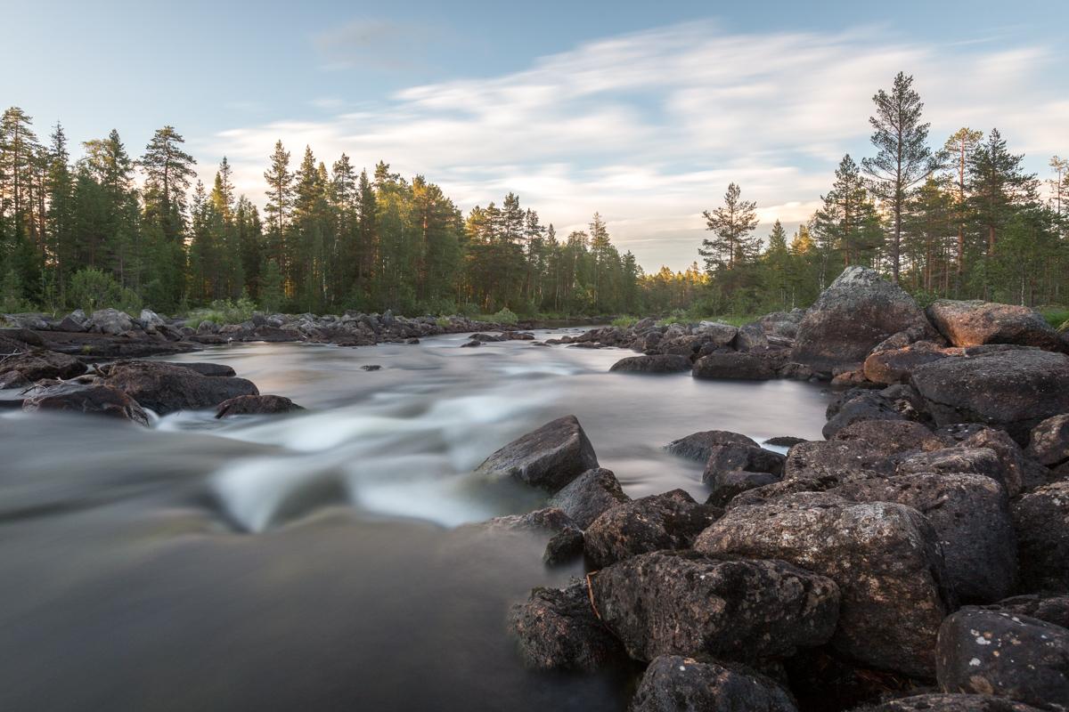 Fluss bei Sjöändan