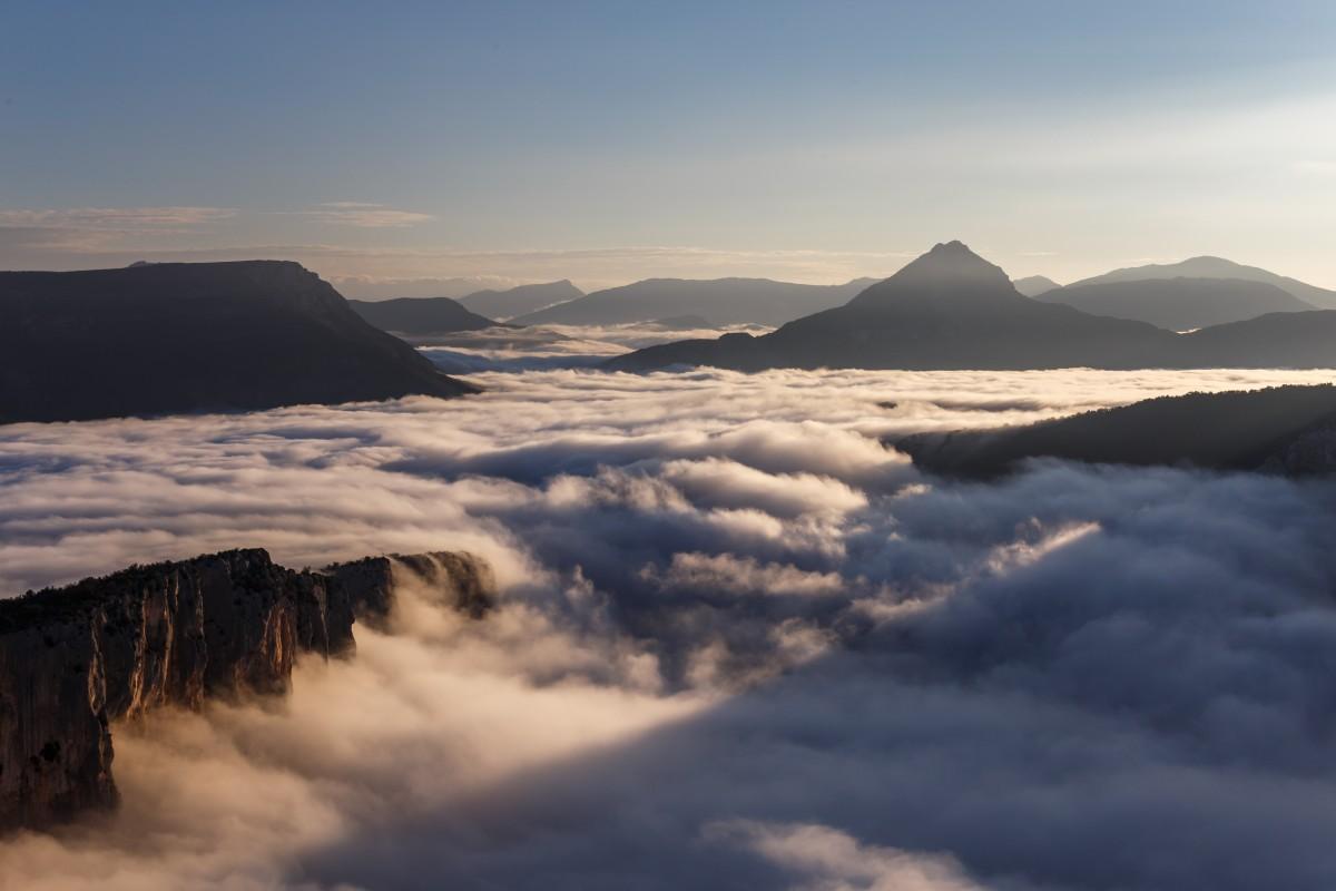 Gorges du Verdon mit Nebelmeer zum Sonnenaufgang