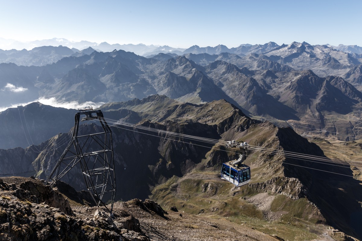 Seilbahn auf den Pic du Midi in den Pyrenäen