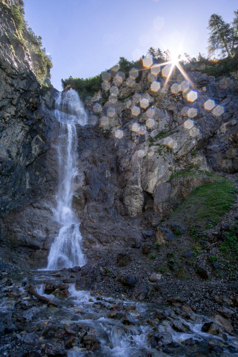 Wasserfall an der Alp Sanaspans auf der Lenzerheide