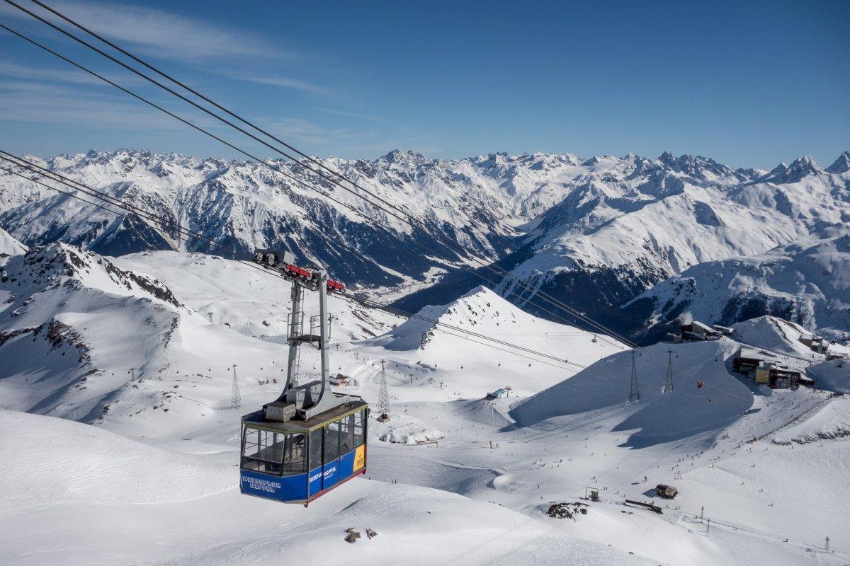 Weissfluh-Seilbahn im Skigebiet Davos - Parsenn - Gotschna